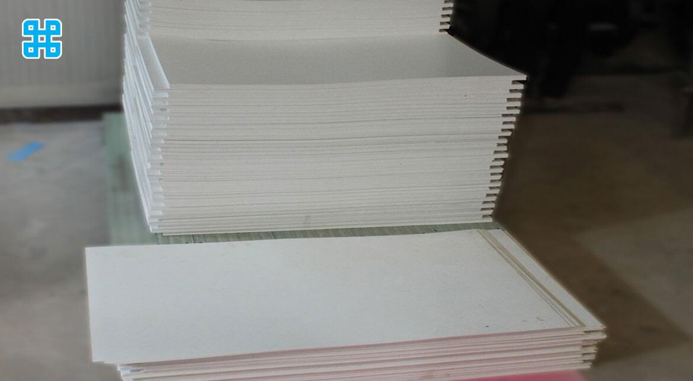 Các tấm form có độ dày khác nhau từ 2 - 10mm
