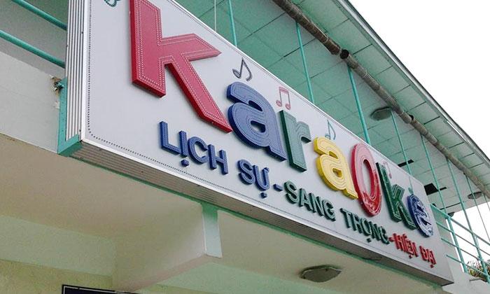 Bảng hiệu Alu chữ mica nổi tại Đà Nẵng