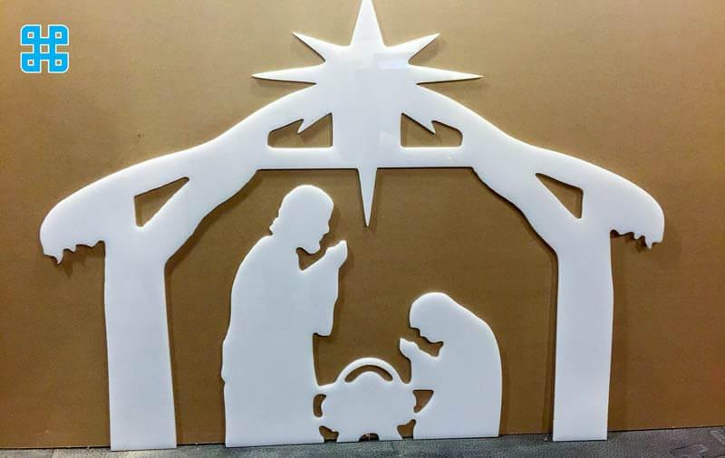 mẫu cắt từ nhựa làm khung trang trí dịp giáng sinh
