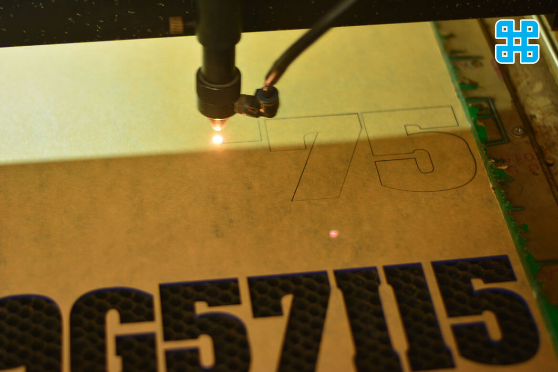Đường cắt mica laser cực kỳ nhỏ nên độ chính xác của chúng rất cao