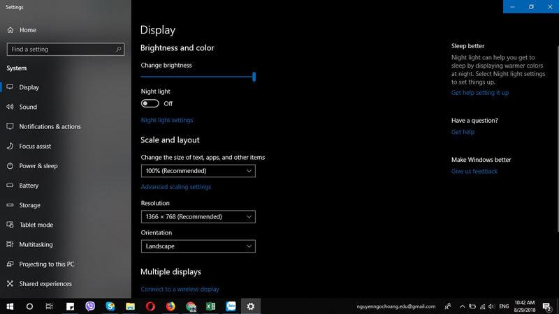 Màn hình máy tính window độ phân giải 1366 x 768