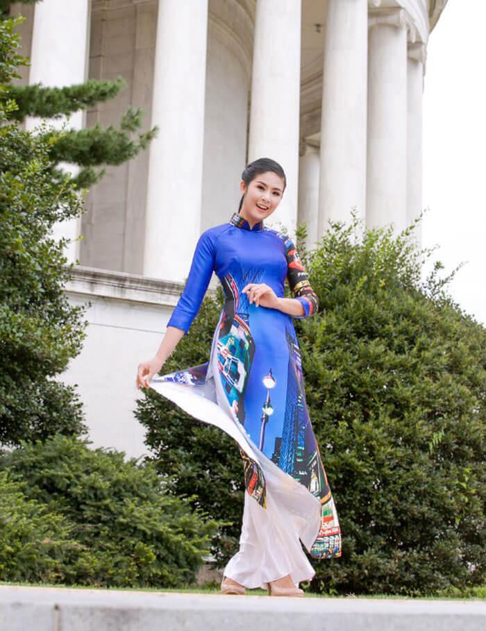 """Trong sự kiện """"Những ngày văn hóa Việt Nam ở Mỹ"""" được diễn ra từ ngày 8/8 - 12/8. Lan Hương, Minh Hạnh, Quang Nhật và Chu La là 4 nhà thiết kế giới thiệu bộ sưu tập này tại Thủ Đô Washington và New York"""