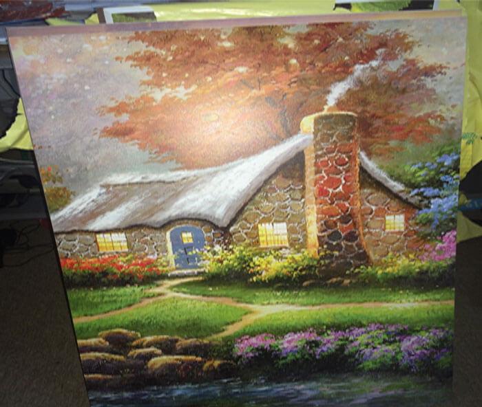 In tranh phong cảnh trang trí trong nhà