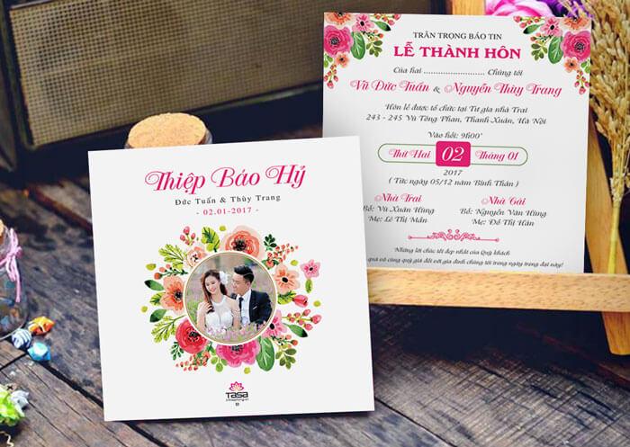 Thiệp cưới Forever luôn được đánh giá cao về cách phối màu sắc