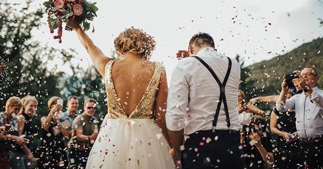 8 xu hướng trang trí backdrop, background đám cưới