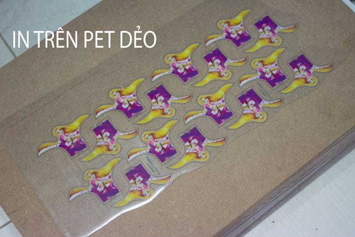 In pet film chuyển nhiệt dùng làm logo trên balo học sinh
