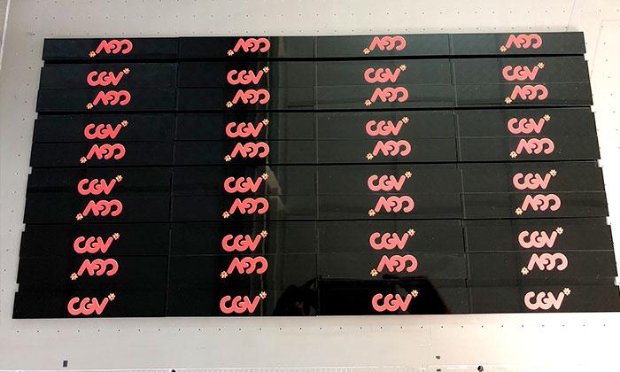 In uv lên mica làm thẻ rạp phim CGV