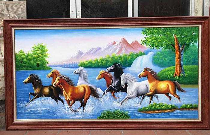 Tuổi Kỷ Sửu treo tranh ngựa được không ? Rất phù hợp là khác