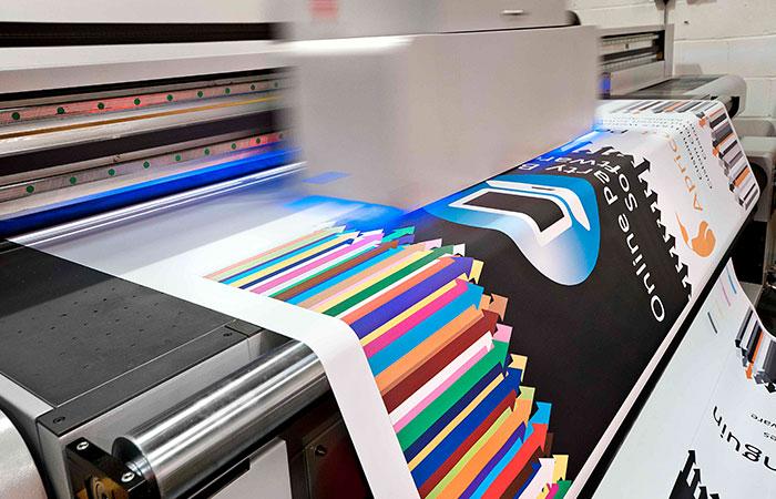 chiếc máy in đầu tiên trên thế giới được chế tạo vào năm nào