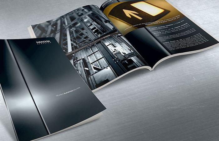 Thông tin in trên catalogue cần đầy đủ nhưng không quá dài dòng