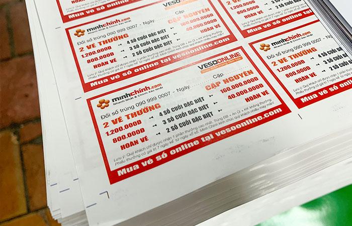 Couche và bristol là 2 chất liệu giấy dùng làm flyer phổ biến nhất
