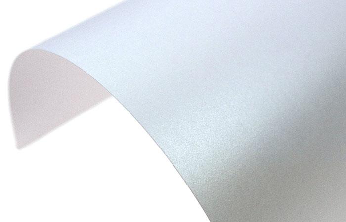 Bề mặt nhám trên giấy crystal