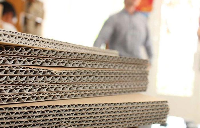Giấy carton hiện nay thường được dùng nhiều trong việc gói đồ